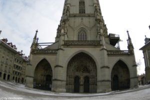 berne minster portal fisheye center
