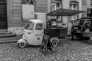 Mobile Coffee Bar in Berne, Black & White