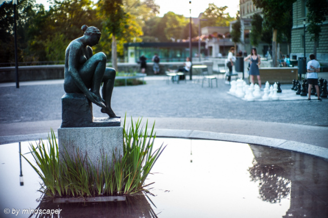 Sculpture of Bundesterrass-Fountain in the Afternoon Light