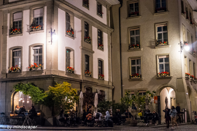 Volver Café by Night