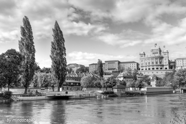 Bundeshaus from Aare with Marzili